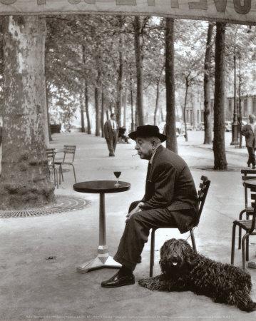 Prévert à Paris en 1955.