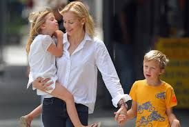 Kelly Rutherford and Children (Photo New York Post)